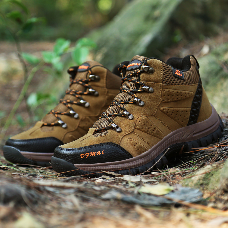 Brand Men Winter Snow Boots Warm Super Men High Quality Waterproof Leather Sneakers Outdoor Male Hiking Boots Work Shoes