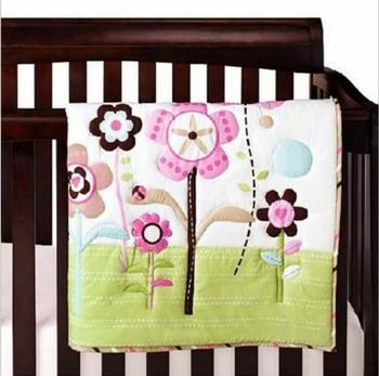 New 7 Piece Baby Girls Bedding Set Flowers Nursery Quilt Bumper Sheet Crib Skirt Ropa De Cuna Para Bebe Baby Bed Set bedding set полутораспальный сайлид red flowers