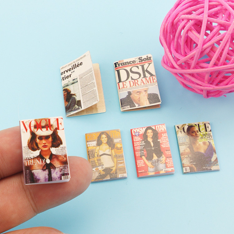 Wholesale 1:12 Dollhouse Miniature Mini Magazine Doll Accessories Toy For New Collectible Gift