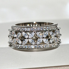 2019 New Silver Big Band Ring with Bling Zircon Stone for Women Wedding Engagement Fashion Jewelry Best Gift