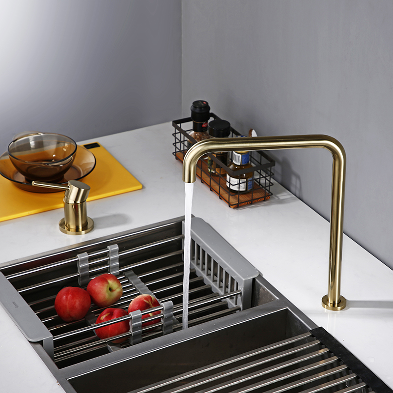 Brush Gold Sdolid Brass Single Handle Kitchen Mixer Tap 360 Degree Swivel Spout Brushed Gold 2 Hole Deck Mounted Sink Faucet