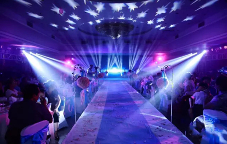 H698be54e573946a0b9cfbab3fadafb29u - LED 7X18W Wash Light RGBWA+UV 6in1 Moving Head Stage Light DMX Stage Light DJ Nightclub Party Concert Stage Professional