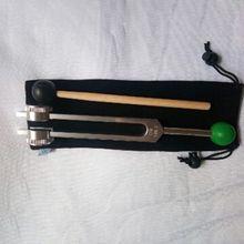 OM Настройка вилка 136,1 Гц взвешенный-с Буддой бисера база для окончательного исцеления и релаксации-зеленый для сердца чакра