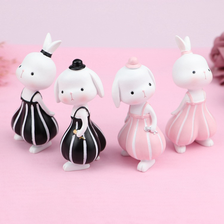 Japan Style Mini Cake Statue Bunny Resin Crafts Cartoon Animal Sandy Rabbit Ornaments Car Figurines Home Decorations Miniature
