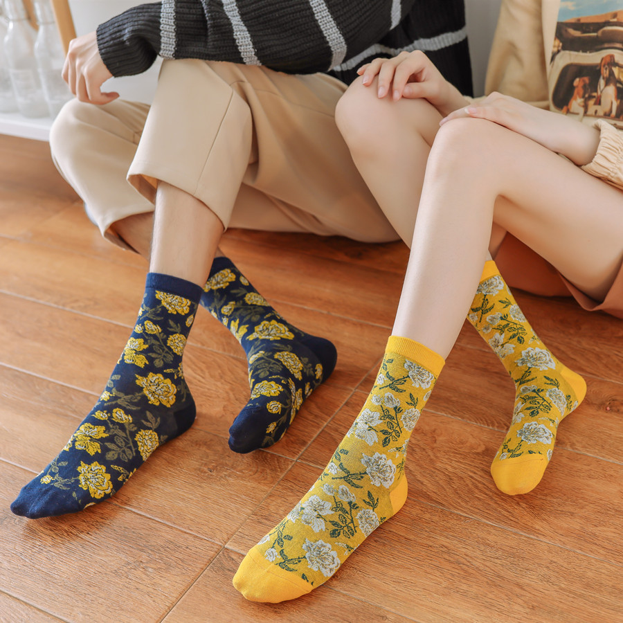 New Unisex  Embroider Autumn Winter Socks Women Hyun Style Fashion Pink Socks Cotton For Lovers 102703