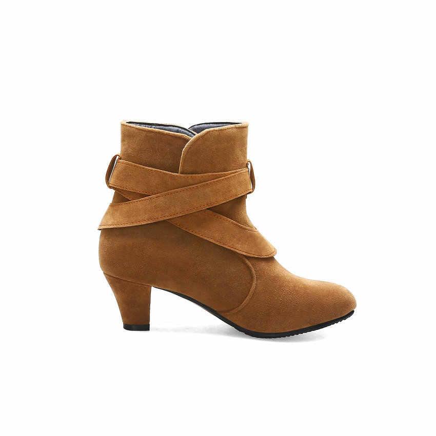 QUTAA 2020 Yeni Sonbahar Kış Kare Yüksek Topuk Sıcak Kürk Tüm Maç Kadın Ayakkabı Akın Yuvarlak Ayak Toka Rahat yarım çizmeler size34-43