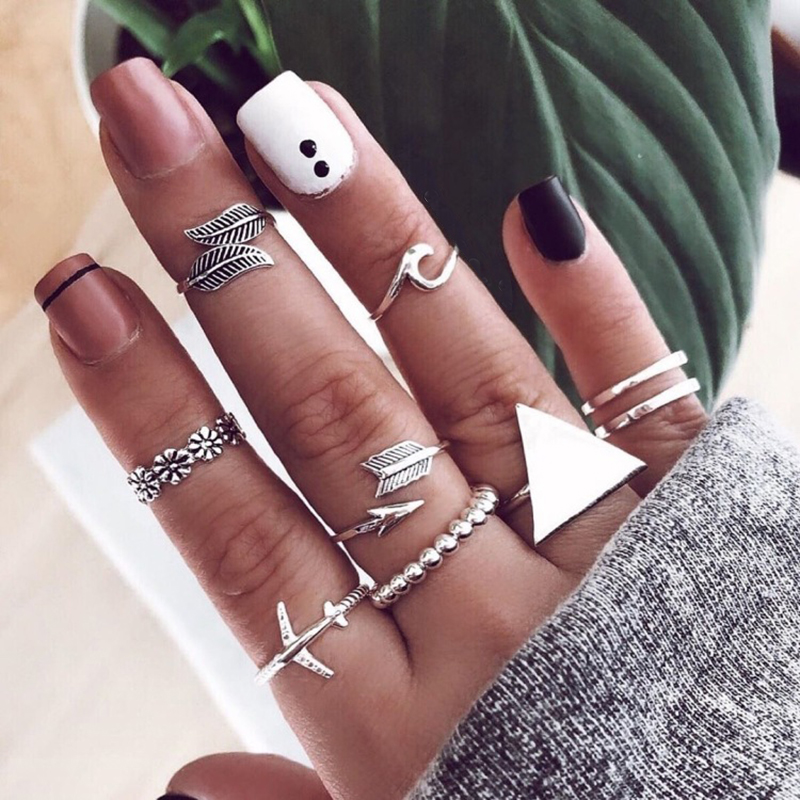 9 Pcs/set Vintage Rings Lady Charm Silver Triangle Leaf Airplane Arrow Wave Flower Silver Ring Set Fashion Beach Party Jewelry image