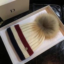 2020冬の毛皮のポンポン帽子女性のためのニットビーニー冬高品質リアルラクーン毛皮のポンポンウール帽子