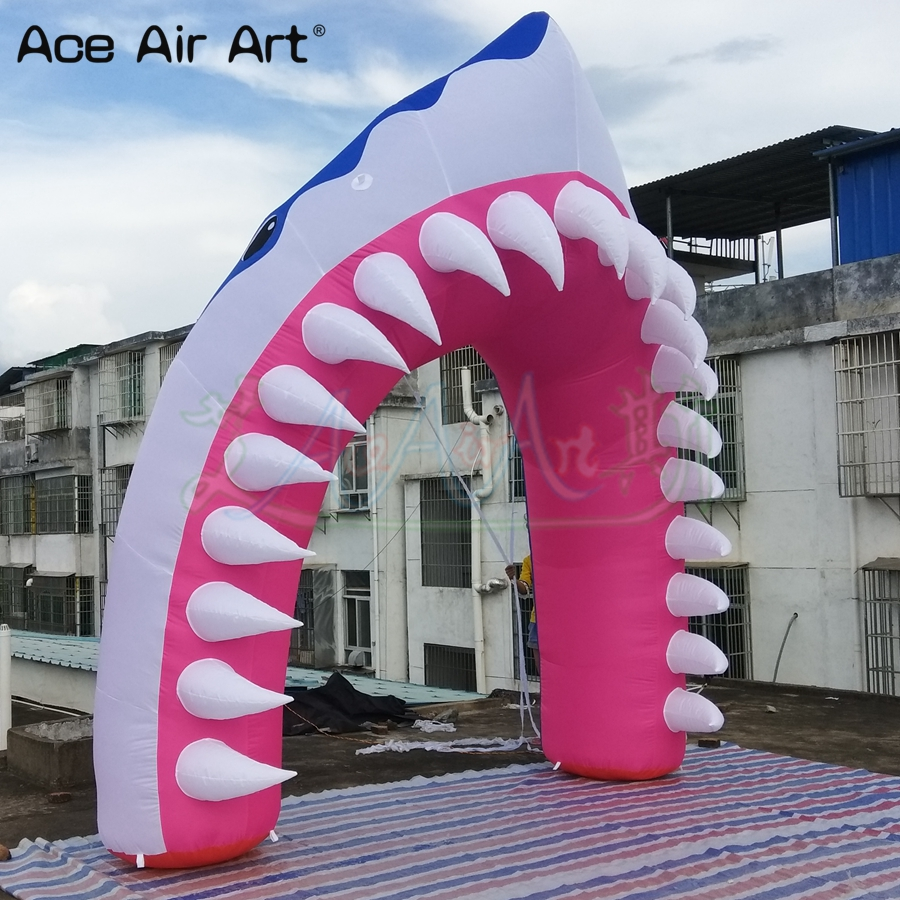 Arc gonflable de tête de requin d'arc de forme de requin de 4x4m 3d, porte d'entrée de bienvenue pour la publicité dans l'aquarium