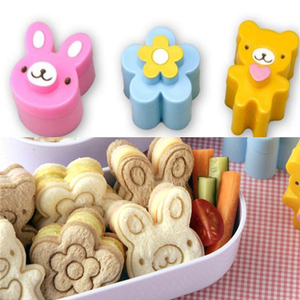 Cute Sandwich Mould Rabbit Flower Panda shaped Bread Cake biscuit embossing device Crust Cutter Baking Pastry Tools