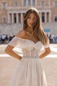 Image 2 - Berta robe de mariée en dentelle brillante avec col mignon, robe de mariée portefeuille, photo réelle, HA105