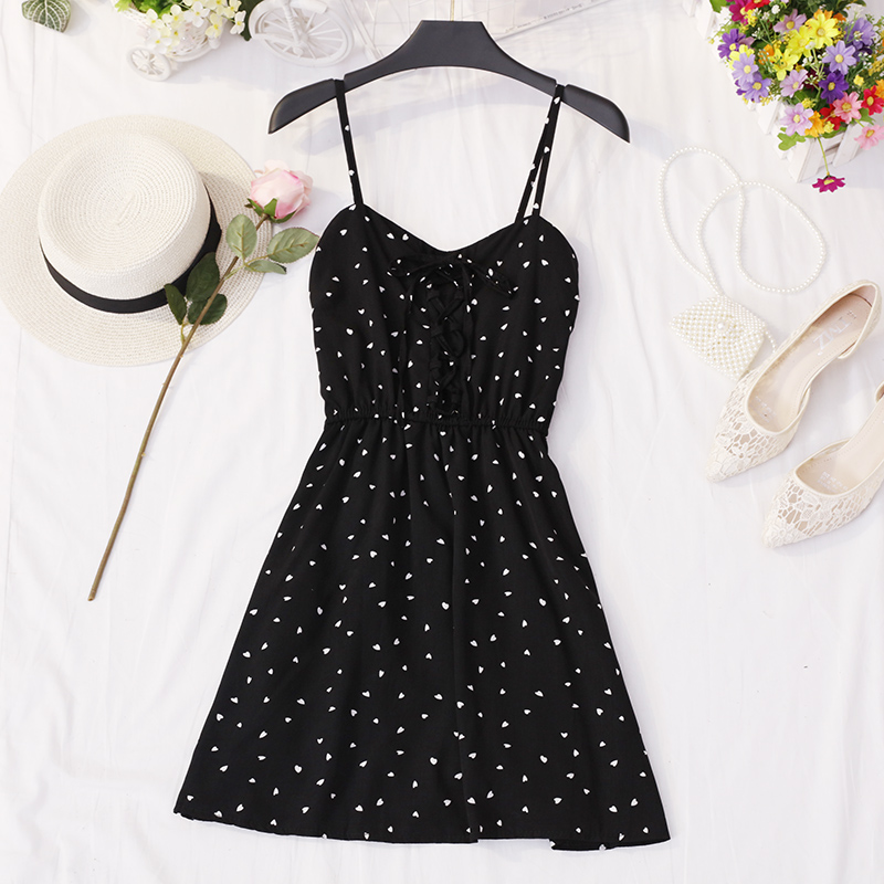 2019 Spring / Summer Women's Sundress New Wave Point Small Fresh V-Collar Belt High Waistline Dress