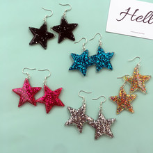 New original sequined resin pendant earrings, five-pointed star metal chain ornaments, suitable for cool girl friendship gifts