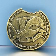 Большой бронзовый белая акула Shaped монет кольцо висит пряжки памятные подарок монета защиты животных