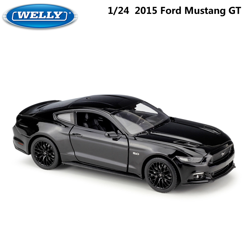 WELLY Diecast Vehicle 1:24 Scale 2015 Ford Mustang GT Classic Model Car Metal Sports Car Alloy Toy Car For Kid Gifts Collection