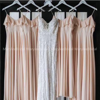 Spaghetti Straps Champagne Bridesmaid Dress Ruffles Neckline Long Maid Of Honor Dresses 2020 New Simple Wedding Party Gown Cheap фото