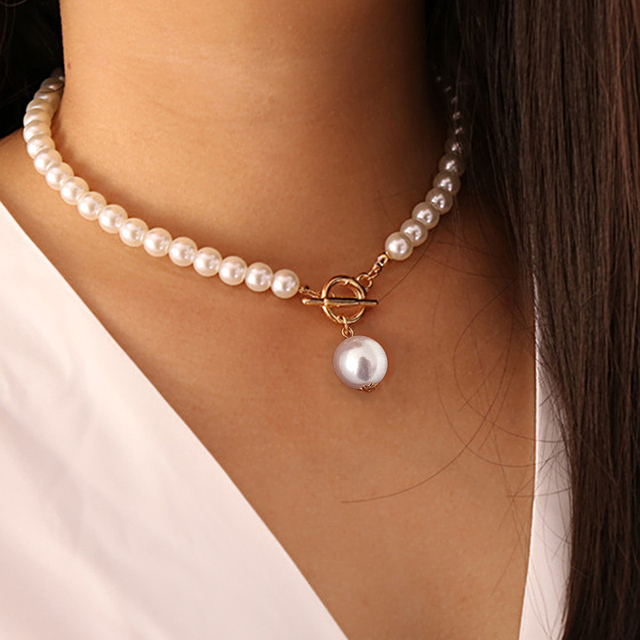 nice pearl and gold color necklace 4