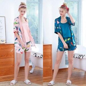 Image 4 - 2019 חדש 3 PCS נשים פיג מה סטי עם מכנסיים סקסי Pyjama סאטן פרח הדפסת Nightwear משי חלוק הלבשת Pyjama