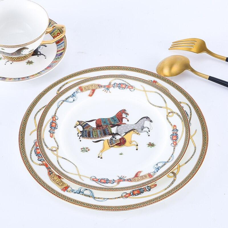 Plats de cheval en porcelaine de luxe avec Logo os chine assiettes accessoires de cuisine vaisselle Europe décor à la maison Table ensemble de tasses