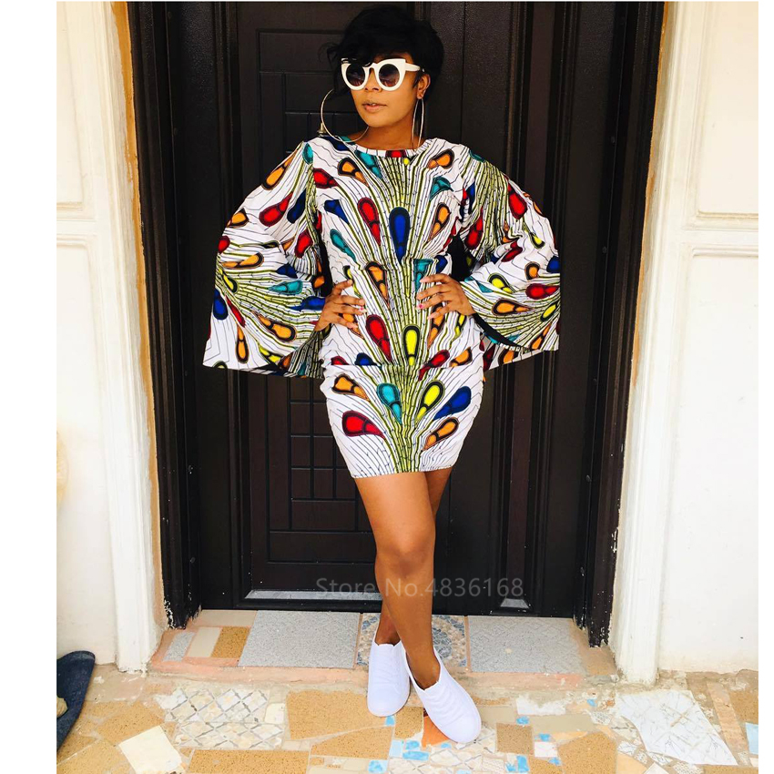 Fashion African Clothes 2020 News Dashiki Print Bazin Ethnic Robe Africaine Trumpet Sleeve Plus Size African Dresses For Women