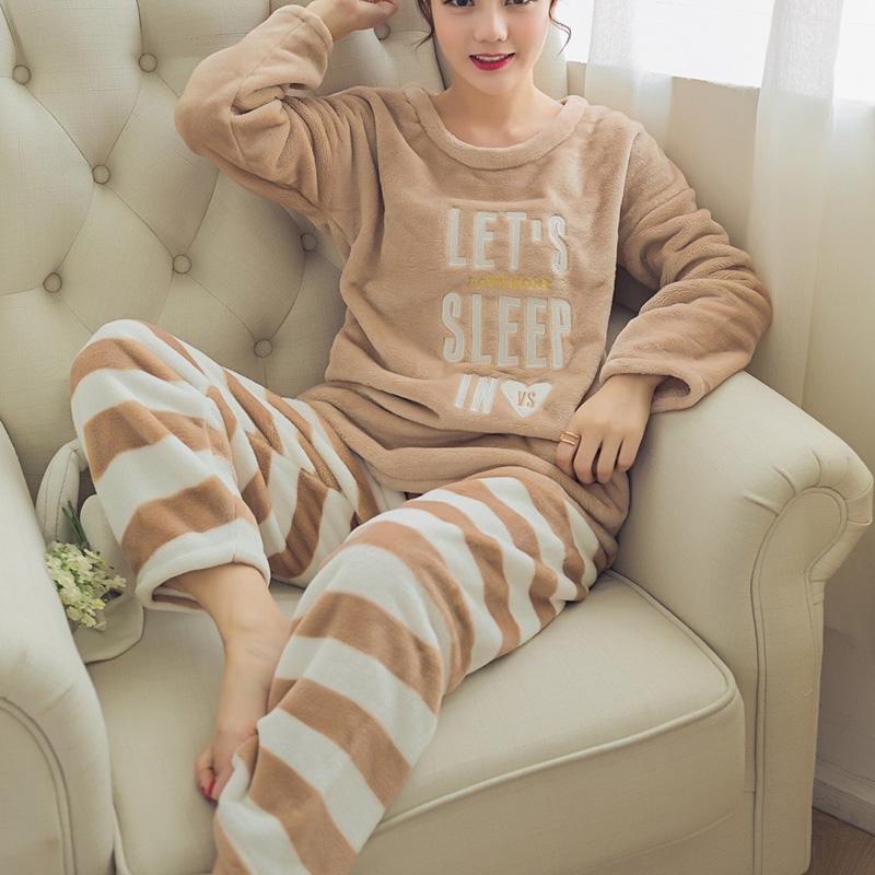 women's Sleepwear 2 Pcs Sets Flannel Pyjamas Sets New Women Long Sleeve Striped Print Warm Velvet Tops+Pants Warm And Soft