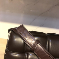 Genuine Leather Bag Cow Pillow Bag Dark Coffee Color Foam Shoulder Bag Famous Designers Handbag Catwalk Show Luxury Quality