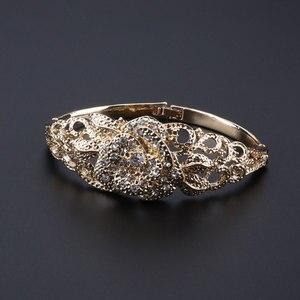 Image 4 - Fashion African Jewelry Set  Dubai Gold Jewelry Set Women Customer Nigerian Wedding Brand Jewelry Set Flower Design Gift