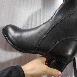 Image 3 - Salu botas de inverno botas femininas na altura do joelho botas quentes nova moda couro genuíno sapatos femininos dedo do pé redondo preto senhoras tamanho 41 42 43