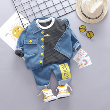 купить New New Top Pants Coat 3pcs Children's Set Cute Toddler Boy Clothes Fashion Cotton Striped Denim Boy Set 0-4T Baby Boy Clothes по цене 942.45 рублей