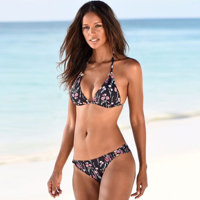 Classic String Bikini in Solid and Floral Patternes 5