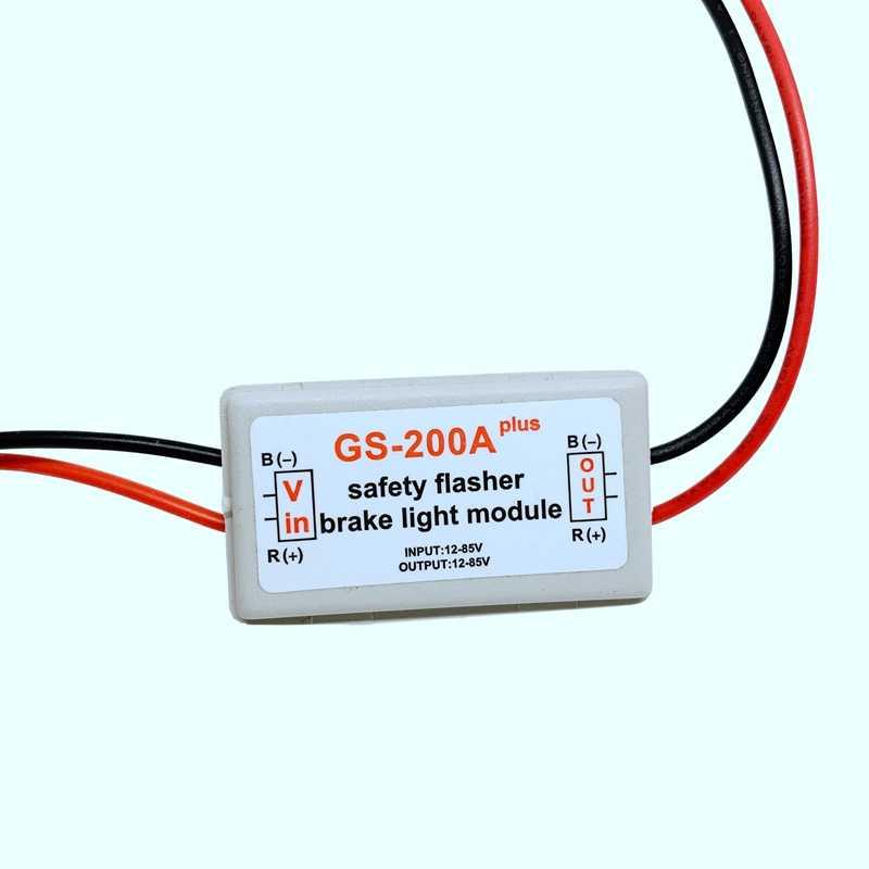 2Pcs 10-30V רכב GS-200A בלם זנב אור פלאש Strobe בקר הסוטה מודול LED