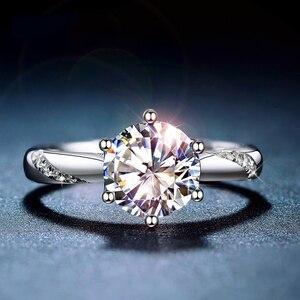 Image 1 - Классическое серебряное кольцо Moissanite, 1 карат, IJ, ювелирное изделие с цветными бриллиантами Lab, ювелирное изделие в простом стиле, кольцо на годовщину
