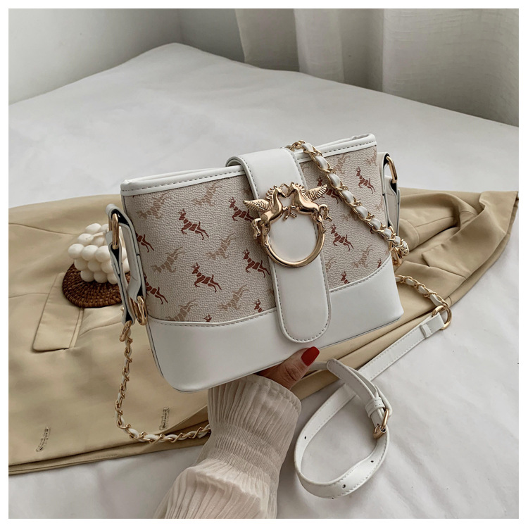Женская кожаная сумка через плечо модная повседневная Милая
