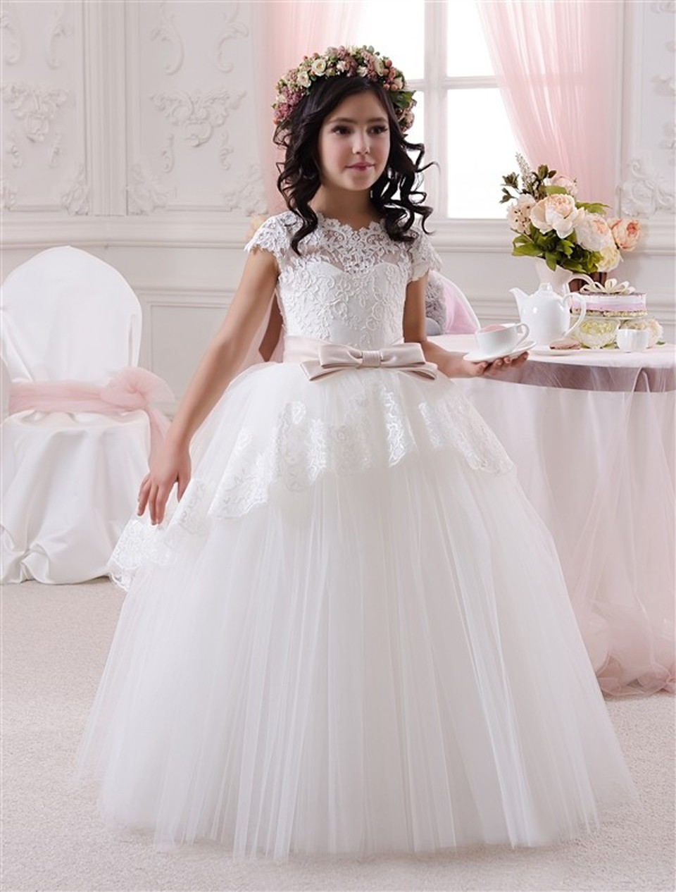 Cap Sleeeves 2019   Flower     Girl     Dresses   For Weddings Ball Gown Tulle Appliques Lace Bow Long First Communion   Dresses   Little   Girl