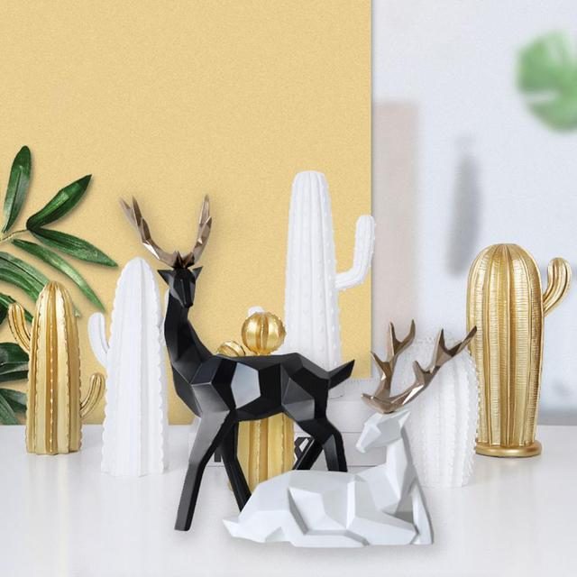 2Pcs Deer Statue Nordic Decoration Home Decor Statues Geometric Resin Deer Figure/Figurines/Sculpture Modern Decoration Abstract 1
