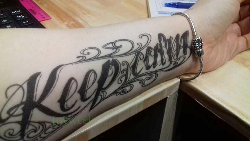 "Tatuaje temporal a prueba de agua pegatina ""keep calm"" letras en inglés palabras tatuaje pegatinas flash tatuajes falsos para hombres y mujeres"