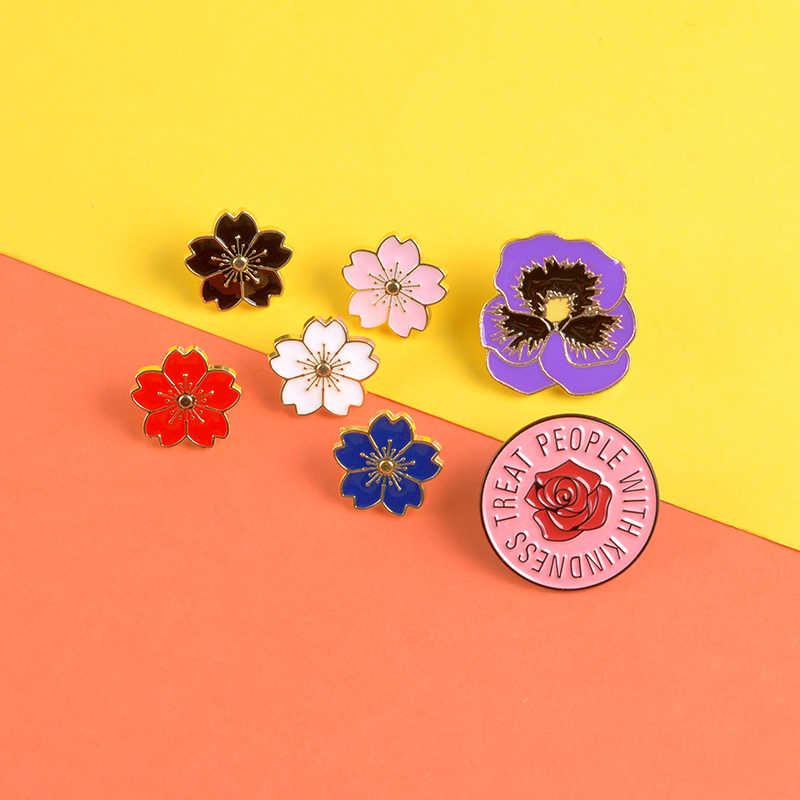 Colorful Flower enamel pin Beautiful red black white flowers brooches Plant Lapel pin badge Clothes backpack jewelry Women gift