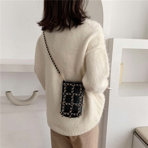 Image 3 - メタルチェーンチェッカーミニ女性電話バッグハンドバッグ黒クロスチェック柄レディースクロスボディバッグファッションショルダーバッグB715