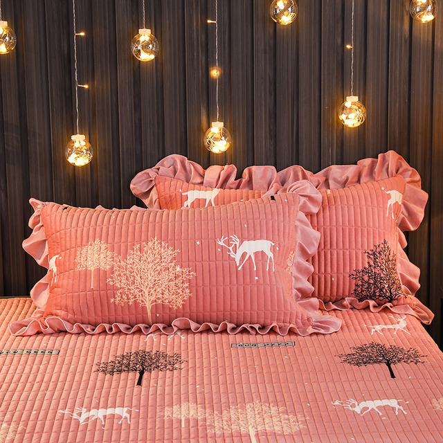 Three piece Hickened cotton bed cover blanket bed cover Sheets Crystal down bed sheet Four seasons available