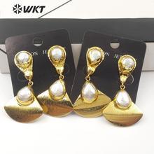 Pendiente de perlas de agua dulce WT E561 Natural forma de Sector pendiente de gota de perla con pendiente de Sector de oro electrochapado pendiente de pera