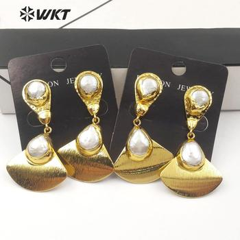 WT-E561 Natural Freshwater Pearl Earring Sector Shape Pearl Drop Earring  With Gold Electroplated Sector Pendant Pear Earring