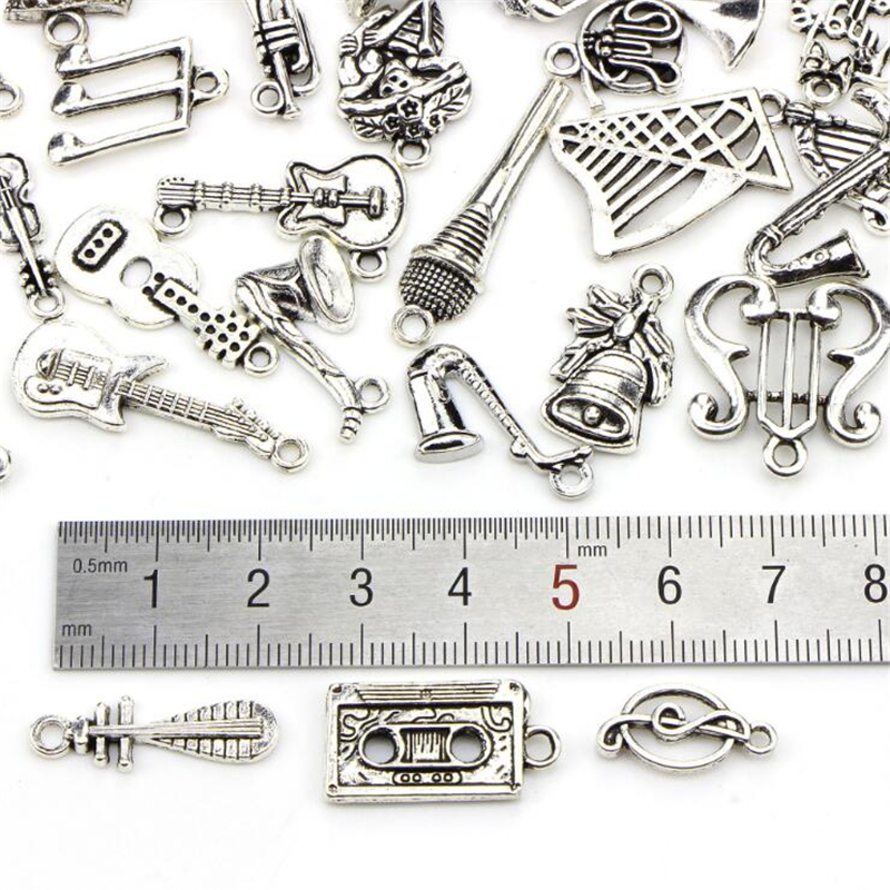 6.46mmx26.55mm Filigree Antique Silver tone Microphone Music Pendant CharmFinding DIY Jewellry Accessory