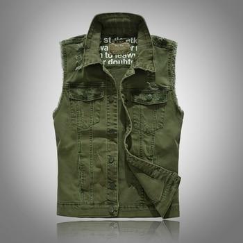 цена New vests 2020 Slim Fit Cowboy Male Jacket Vest Ripped Denim Vest Men's Jacket Sleeveless Casual Waistcoat Mens Jean Coat Green онлайн в 2017 году