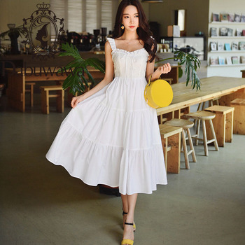 цена на Dabuwawa Sweet Beach Long Dress Women Embroidery Solid Square Neck Holiday Fit and Flare Ruffle Dresses Female DT1BDR038