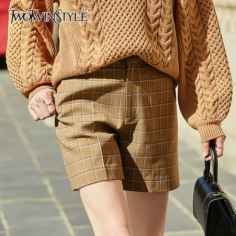 TWOTWINSTYLE Vintage Women Shorts High Waist Plaid Loose Hit Color Cargo Short Pants For Female Clothing Fashion 2020 Spring New