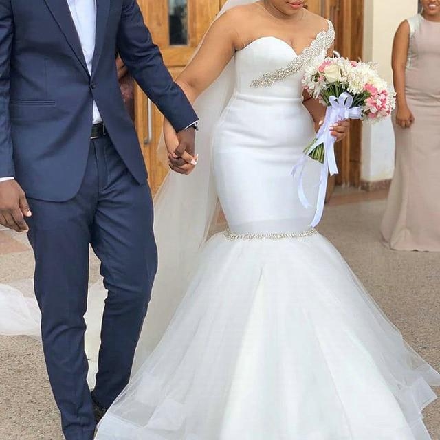 Elegant Mermaid Wedding Dress 2020 Bridal Gown African Bride Dresses Sexy O Neck Illusion Back Beading Crystal Plus Size 1