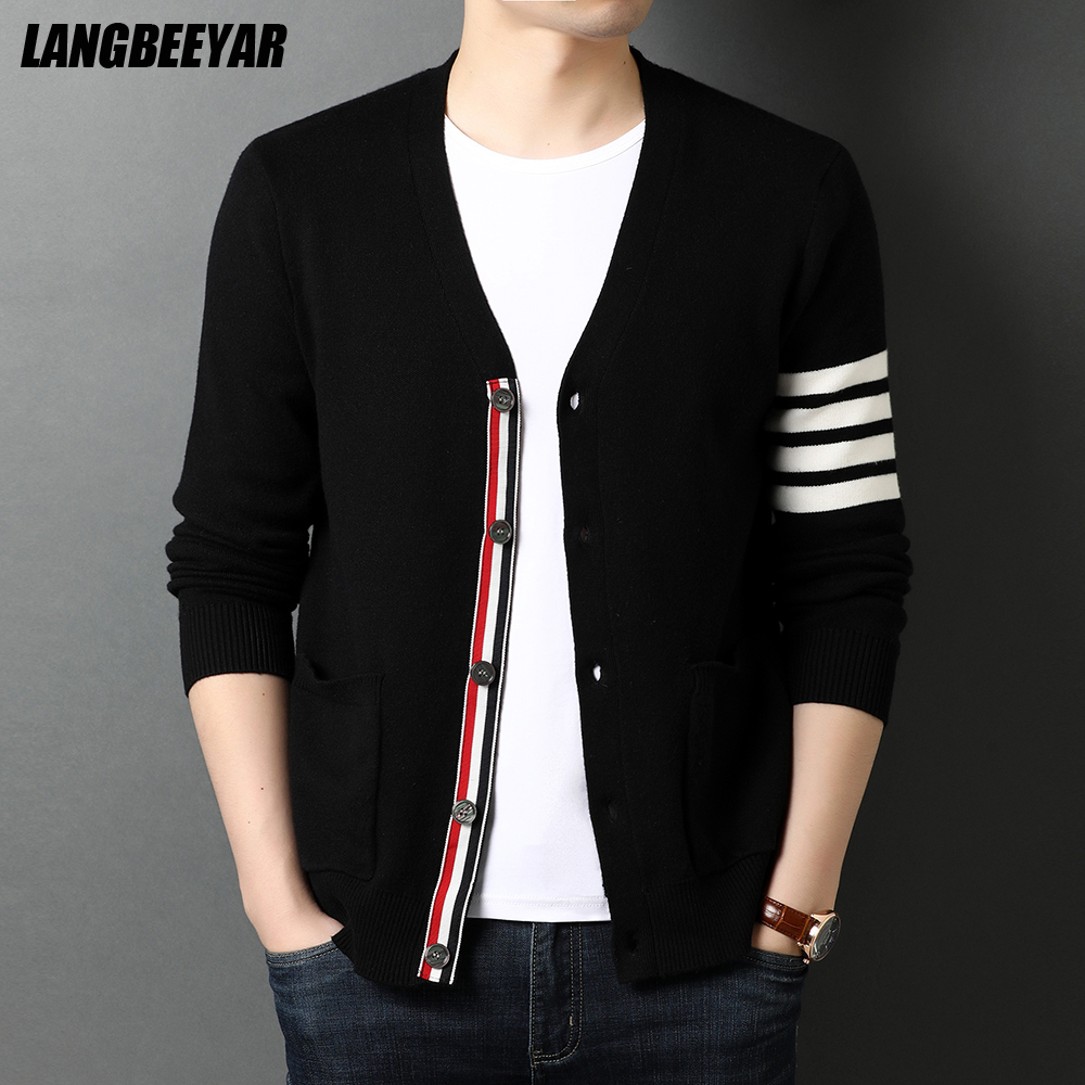 Top Grade New Autum Winter Brand Fashion Knitted Men Cardigan Sweater Black Korean Casual Coats Jacket Mens Clothing 2021 1