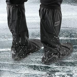 Image 1 - Per il giorno delle nevi di pioggia copriscarpe antiscivolo 1 paio impermeabile moto Scooter bici scarpe da pioggia copertura scarpe Unisex protezioni