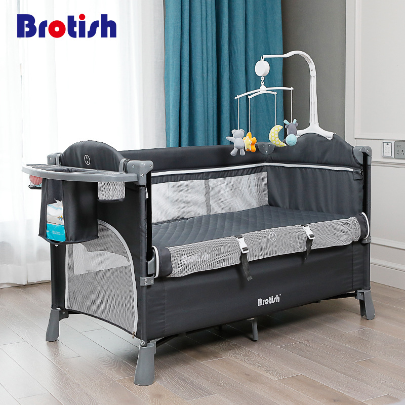 European Style Crib Splicing Large Bed Removable Bb Multi-function Portable Folding Newborn Baby Bedside Bed Cradle Bed