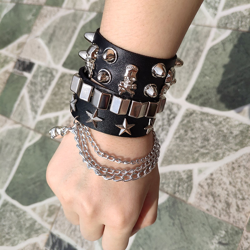 Skull Bracelet Hot Punk Harajuku wristband tassel black PU Leather Star pattern Choker bar Goth can be adjusted Skeleton Jewelry